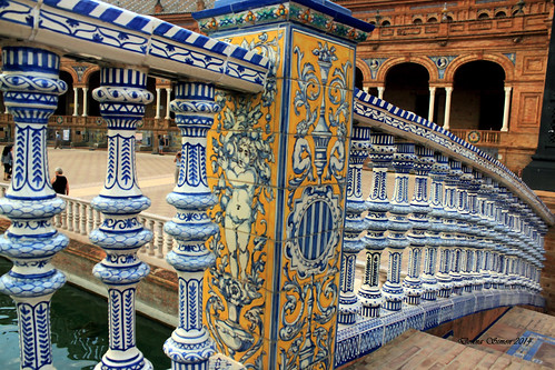 Tiled rail of bridge 2 Plaza Espana