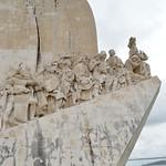 Gambar dari Monument to the Discoveries dekat Algés.
