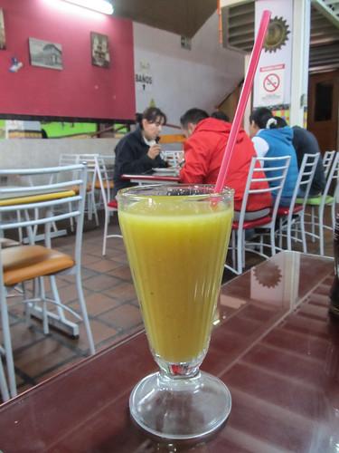 Quito: un jus typique d'on-ne-sait-quoi ;) Pas mauvais du tout !