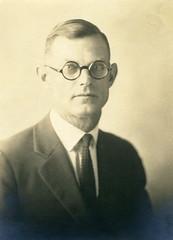 Dr. Louis K. Sands (1886-1938)