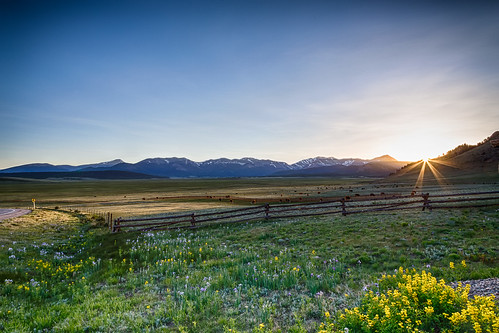 ranch sunset mountains night colorado cows clear rockymountains hdr highplains 2013 canon6d
