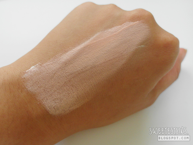 estetica sunshield swatch on hand