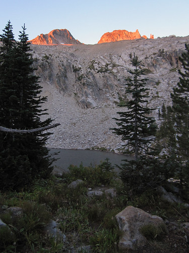 mountains hiking lakes idaho backpacking sawtoothwilderness alicetoxawaylooptrail