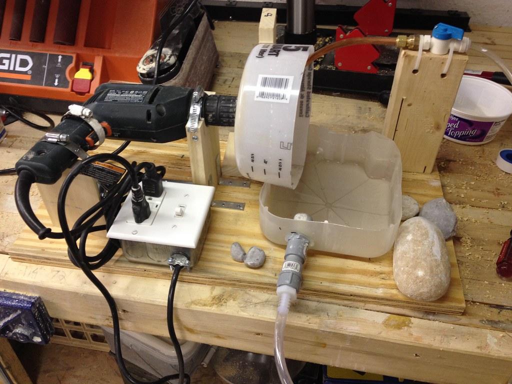 Diy vertical flap lap rock tumbling hobby for Diy rock tumbler motor