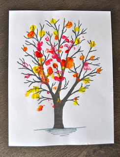 Fall Thumbprint Tree