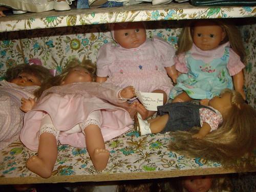 Les poupées de ma maison  11367795835_0309271408