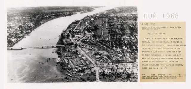 VIETNAM WAR PHOTO - HUE AFTER FIGHTING