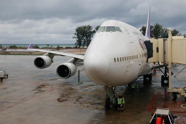 TG202 747-400
