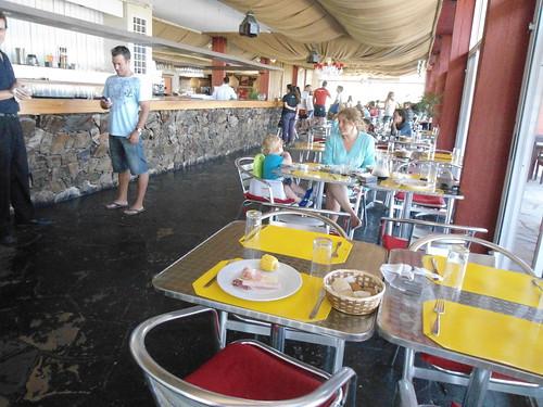 Buffet, LAS CABAÑAS DEL TIO TOM, Portezuelo, Maldonado, Uruguay - www.meEncantaViajar.com by javierdoren