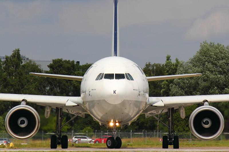 Iran Air - A310 - EP-IBK (3)