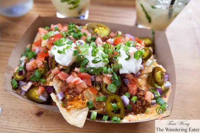 Chili nachos (Cinco de Mayo special)
