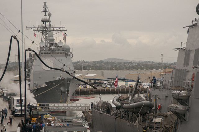 USS Higgins, Essex Simulate Replenishment-at-sea