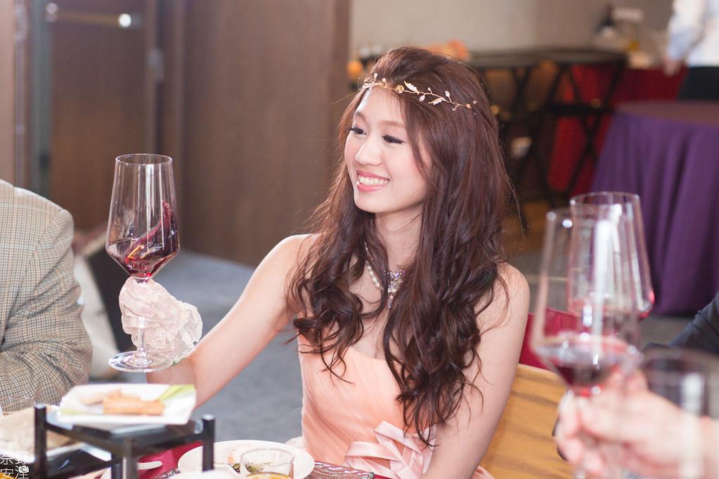 婚禮攝影-台南-訂婚午宴-歆豪&千恒-X-台南晶英酒店 (44)