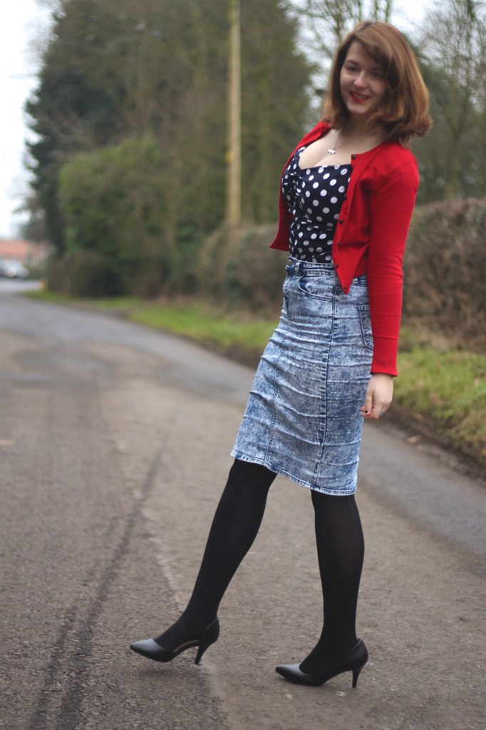 Collectif polka dot top outfit