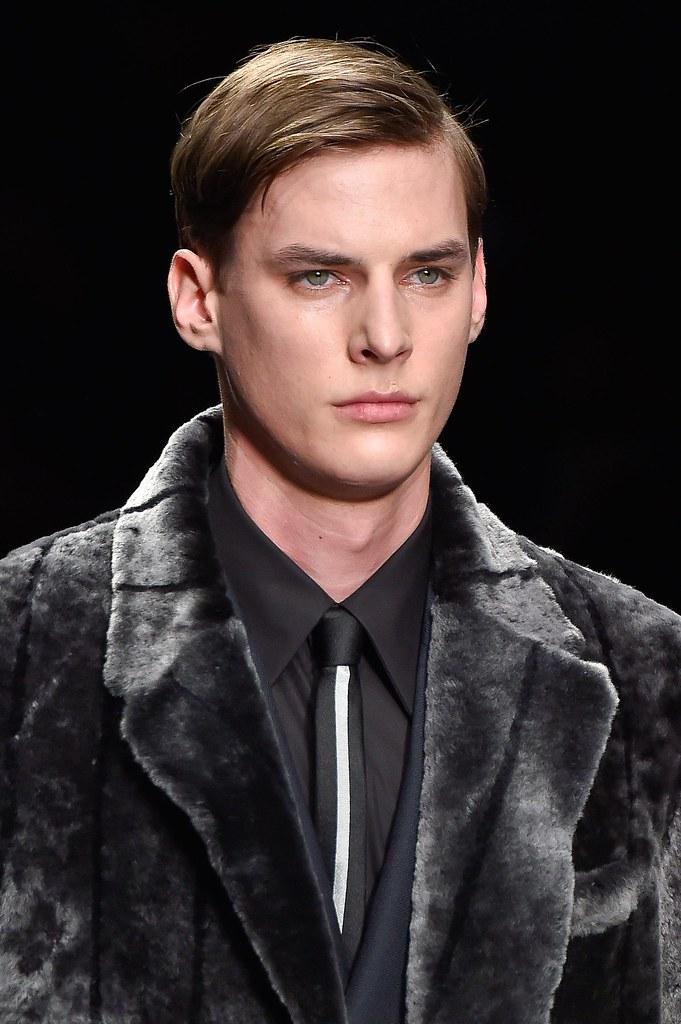 Tim Meiresone3168_FW15 Milan Fendi(fashionising.com)