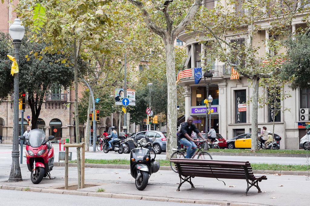 Улица в Барселоне перед референдумом о независимости Каталонии