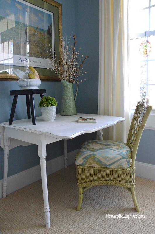 Guest Room Writing Area-Housepitality Designs