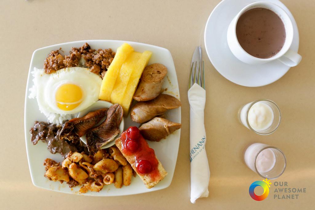 Henann Breakfast-10.jpg