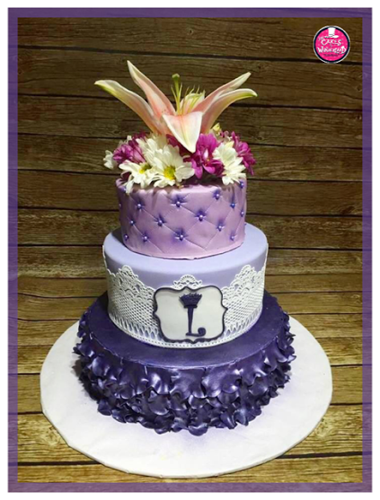 Pretty Cake with Beautiful Flowers by Diana Laxamana of The Cakes in Wonderland