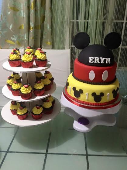 Kristine Miranda's Mickey Mouse Cake