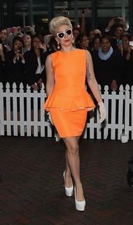 Lady Gaga White Pumps Celebrity Style Women's Fashion
