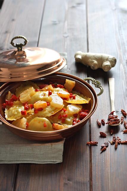 3 GP gamberi e granchio con ananas, zenzero e peperoncino piatto finito