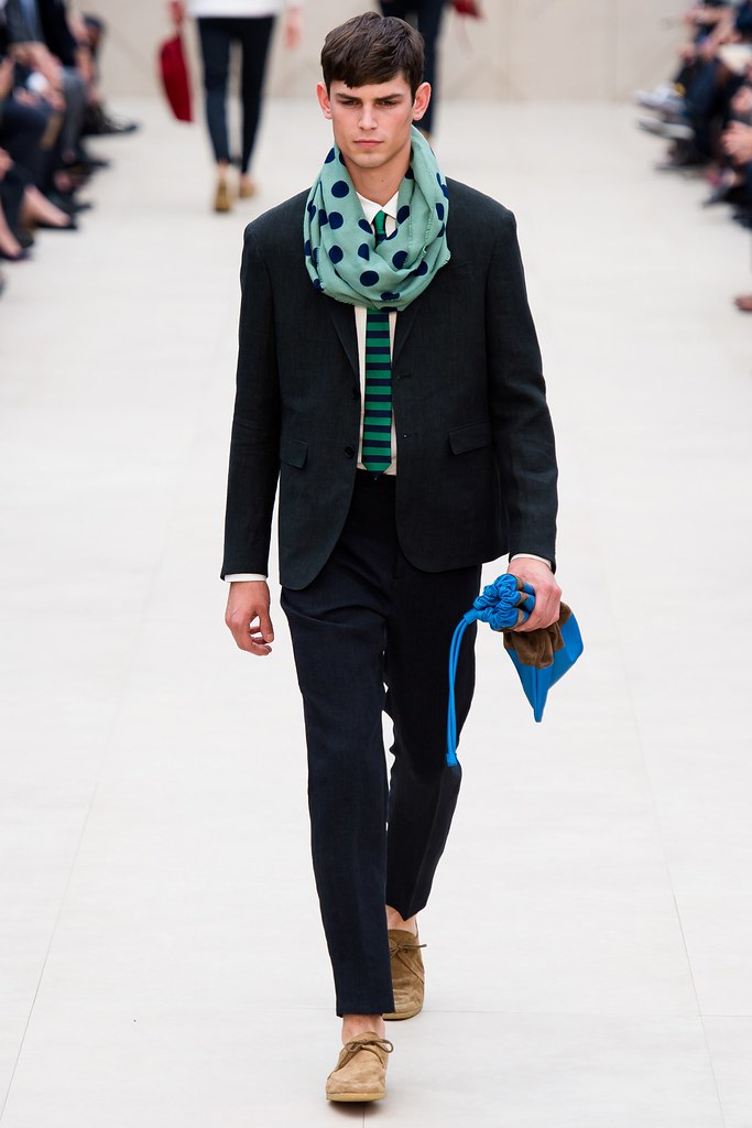 SS14 London Burberry Prorsum013_Arthur Gosse(vogue.co.uk)