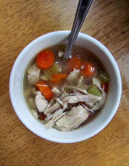 Homemade Chicken Soup Bone Broth