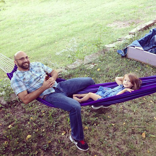 Damian and Boo hammock time. #manhattanks