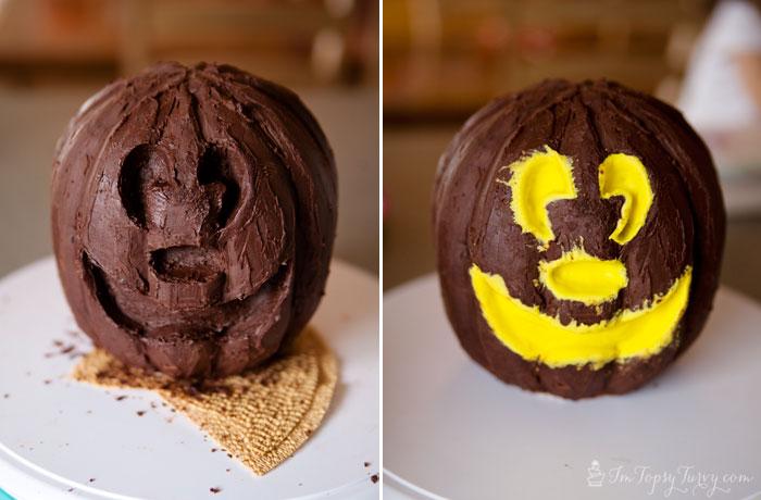 Mickey-mouse-cake--carve-jack-o-lantern
