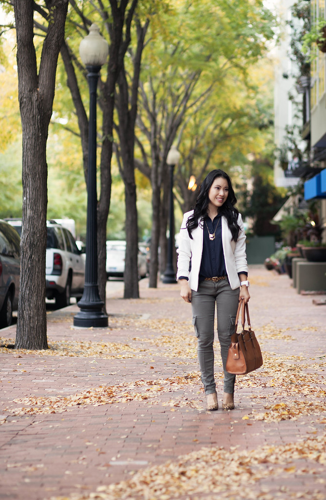 cute & little blog | white blazer, navy shirt, skinny cargo pants, leoprad pumps | fall layers transition outfit