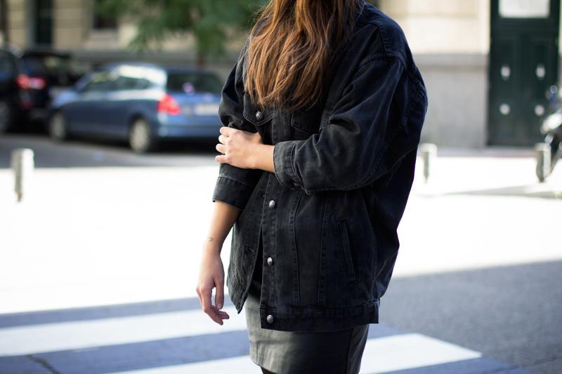 denim-black-oversize-jacket-001