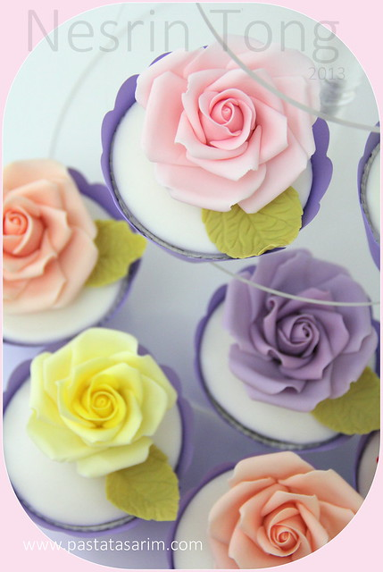 roses cupcakes2