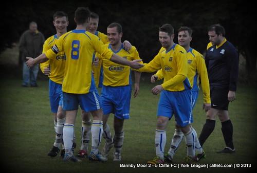Cliffe FC 5- 2 Barmby Moor 7Dec13