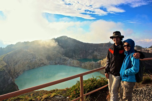 Lina and I in front of Kelimutu volcano