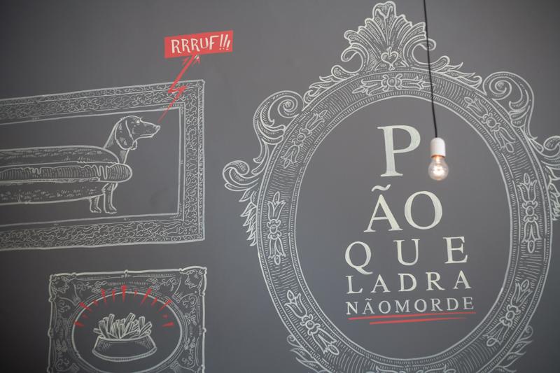 Pão que ladra, Porto