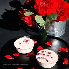 Panna cotta alle rose e agar agar