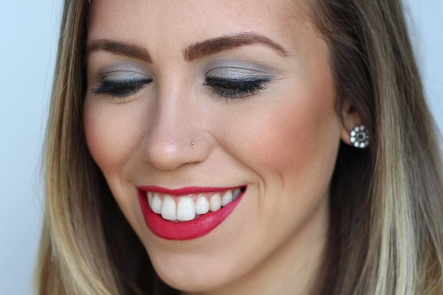 Red Lips & Gray Smoky Eye | Valentine's Day Makeup on #LivingAfterMidnite