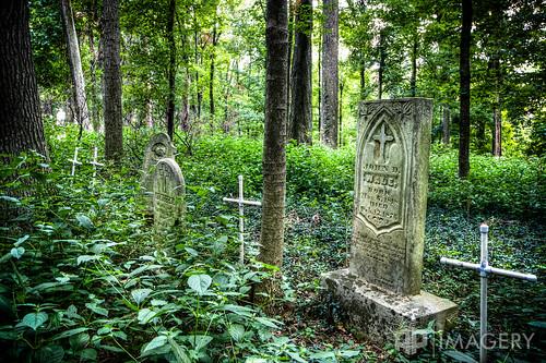 park abandoned cemetery decay headstone tombstone gravestone lancaster gravesite benhawes