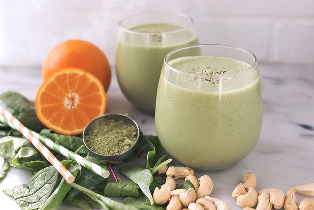 Orange Matcha Smoothie // @tastyyummies // www.tasty-yummies.com