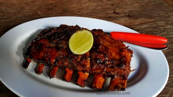 naughty-nuri-ubud-bali-pork-ribs