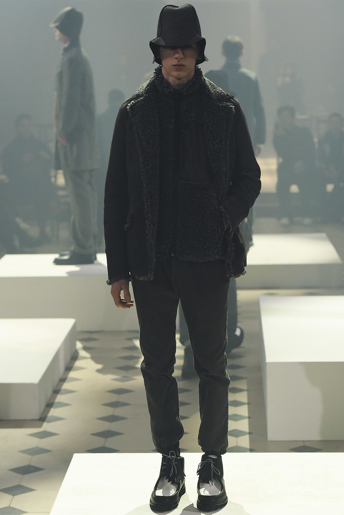 Dominik Sadoch3276_FW15 Paris Sacai(VOGUE)