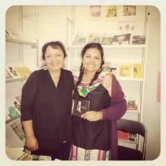 Con la gran poeta Graciela Huinao. Jallalla!!! :blush::grin: