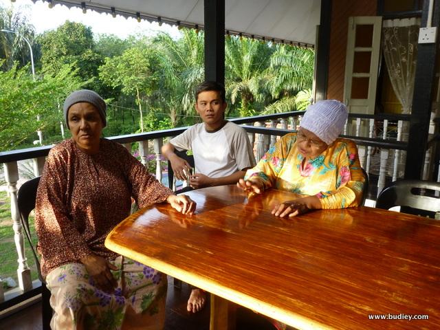 Adam Shah, Fauziah Nawi, Ku Farida hidupkan drama Alahai Omak