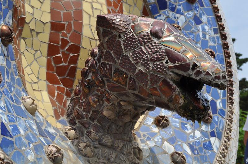2011.07.26.175 - BARCELONA - Parque Güell - Escalinata