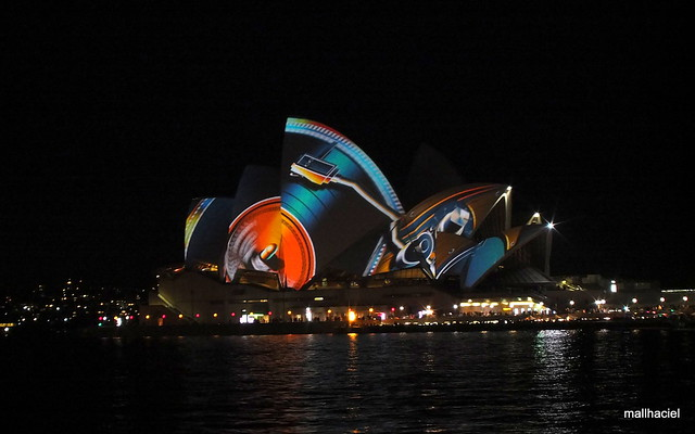 05-Sydney Vivid 2013