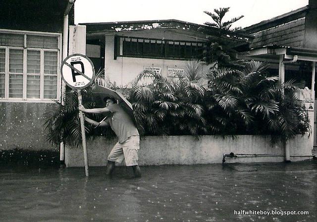 2013 06 20_j victor flood 04