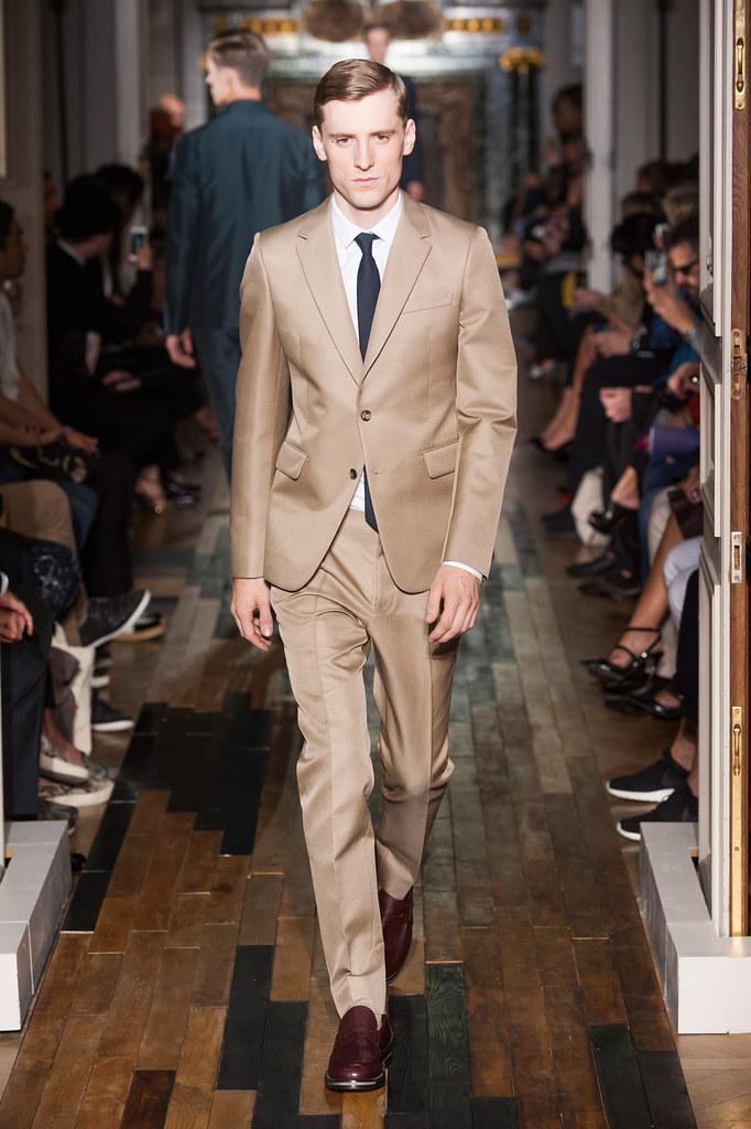 SS14 Paris Valentino044_George Barnett(fashionising.com)
