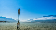 A big fork in the sea