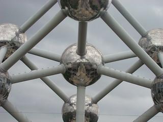004 Atomium
